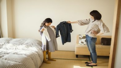 Photo of How should parents face their children's clothes picking behavior